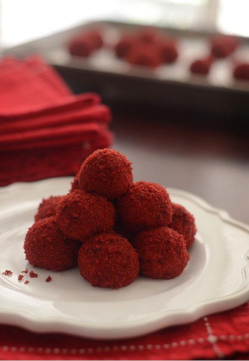 Small Red Velevet Cake
